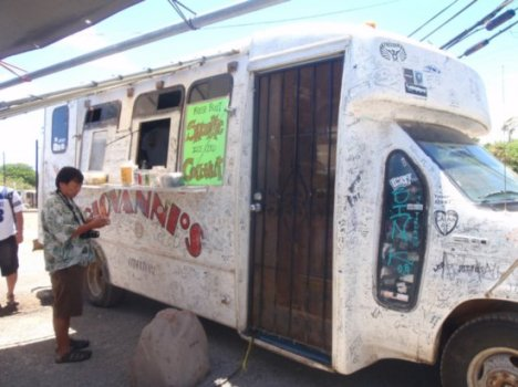 The Original Giovanni's Shrimp Truck on the North Shore of Oahu