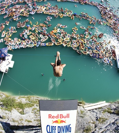 Red bull cliff diving series ends in hilo hawaii news and island information - Red bull high dive ...