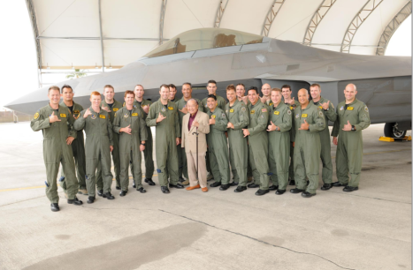 Senator Inouye visited the F-22 compound to meet and greet with Airmen from the 199th and 19th Fighter Squadrons