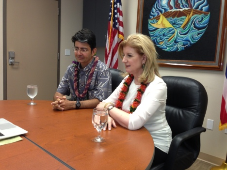 Pierre Omidyar and Arianna Huffington at Imiloa Astronomy Center announcing the beginning of HuffPost Hawaii.