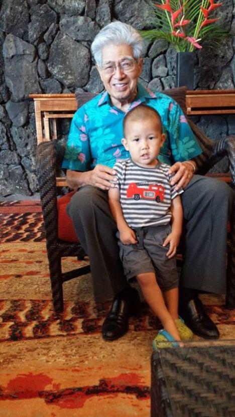 Sen. Akaka w/one of his 16 great-grandchildren, Kea, on the retired senator's 89th birthday on Sept. 11, 2013.