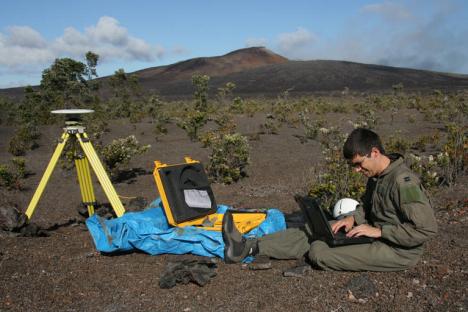 Mike Poland, USGS Hawaiian Volcano Observatory Scientist. (USGS HVO photo)