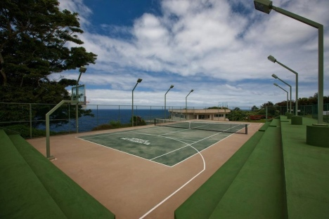 Waterfalling Estate Tennis Court